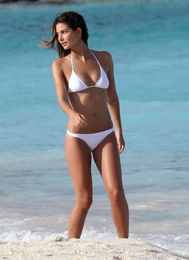 Lily Aldridge Strikes A Pose On The Beach!