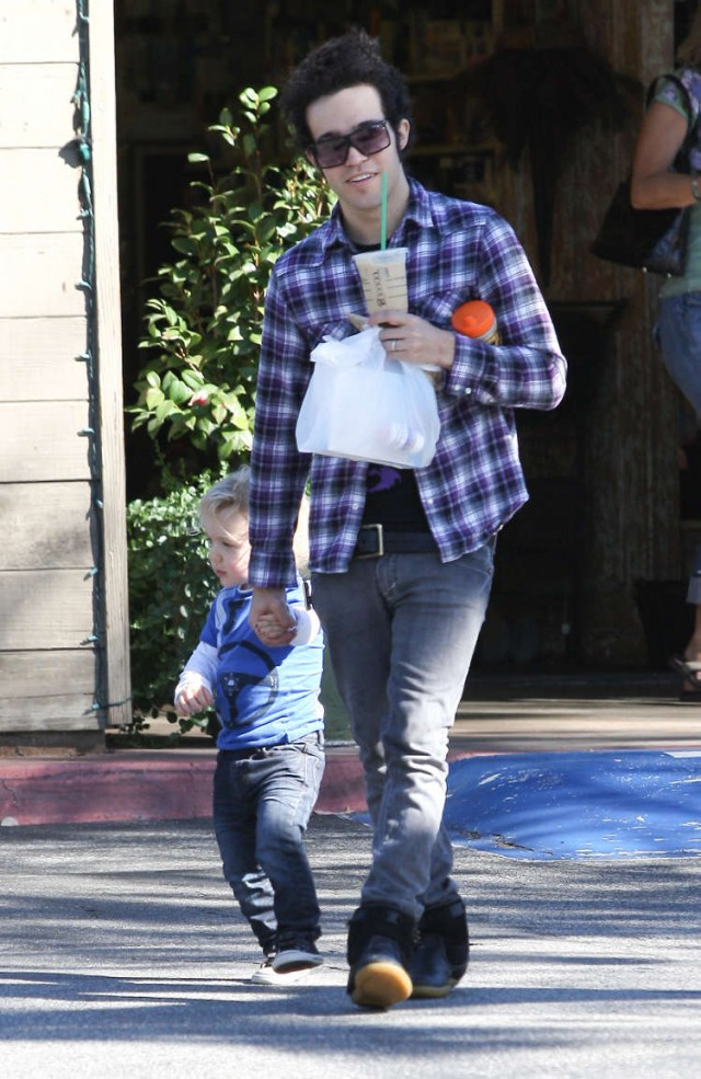 Pete and Bronx Wentz So Happy Together