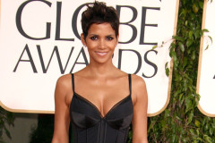 halle-berry-golden-globes