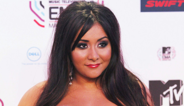snooki wakes up in a garbage can once a month the blemish