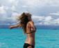 taylor-swift-bikini-011