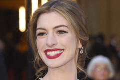 anne-hathaway-necklace