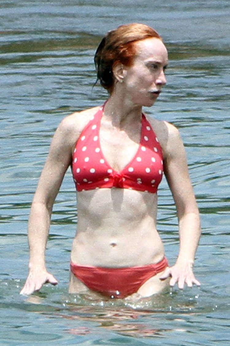 Kathy Griffin Bikini | 90342 | Photos | The Blemish