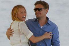 blake-lively-dicaprio-boat