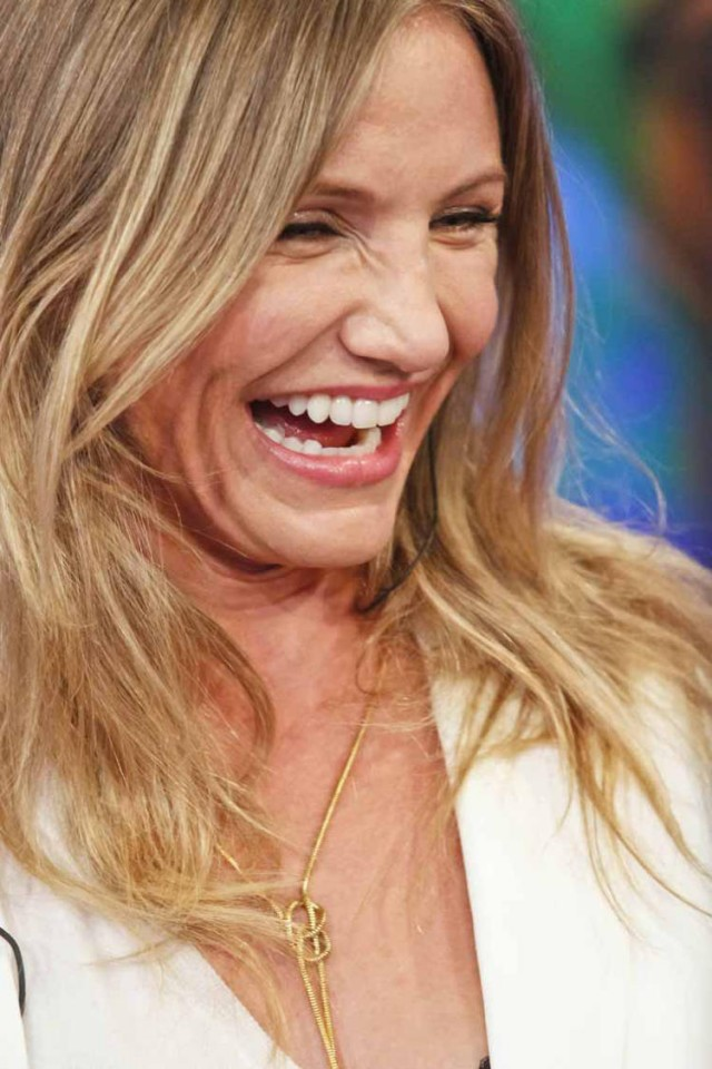 20110701-cameron-diaz-faces-07