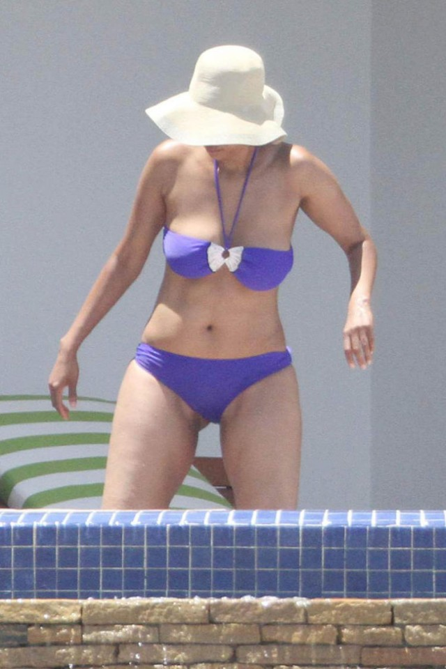 Has such bikini fat tyra nice butt