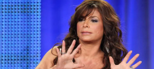 0812-paula-abdul-jazz-hands