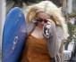 0825-lindsay-lohan-surfboard