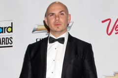 0826-pitbull-billboard