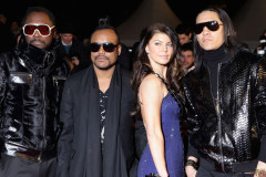 0922-black-eyed-peas-france