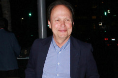 1110-billy-crystal-dine