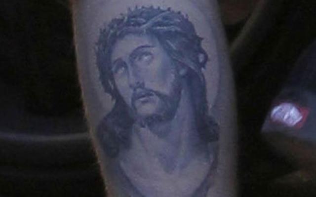 0106-bieber-jesus