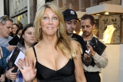 0113-heather-locklear-out