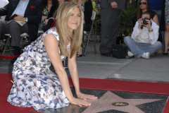 0223-jennifer-aniston-wof