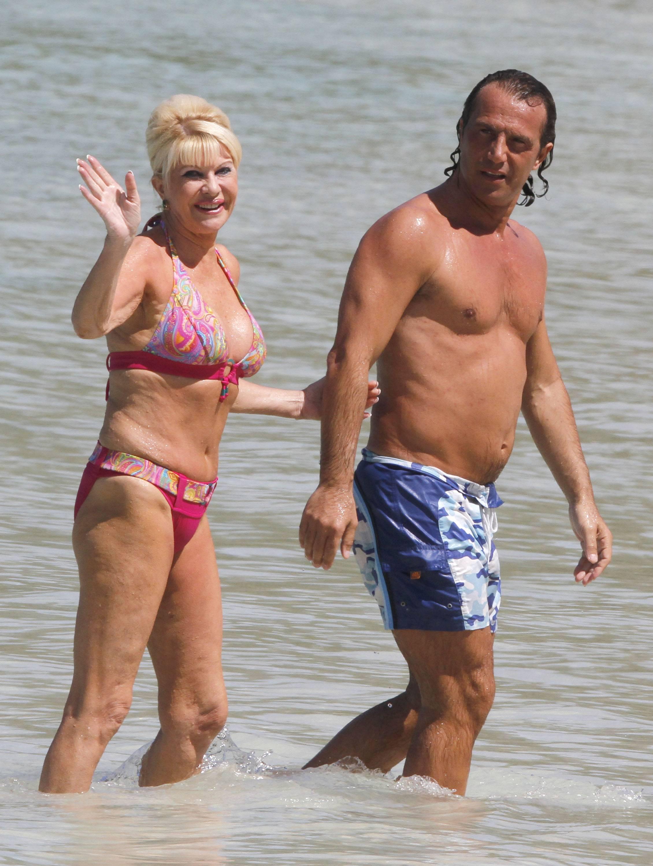 Ivana Trump Shows Off Her Bikini Body | 105530 | Photos ...