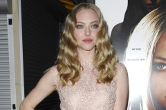 0308-amanda-seyfried-gone