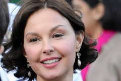 0314-ashley-judd-face