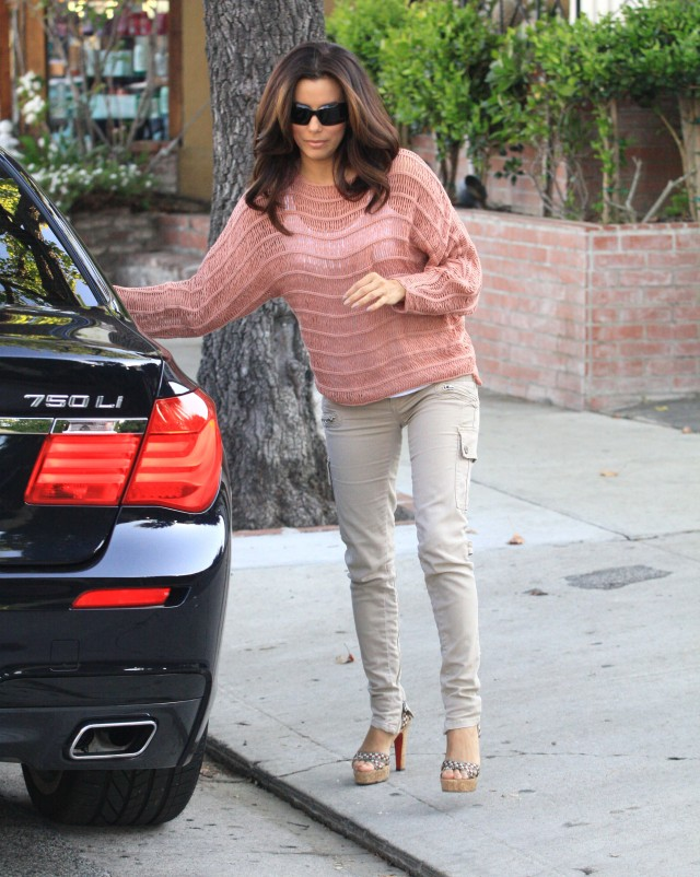 Eva Longoria Leaving A Hair Salon