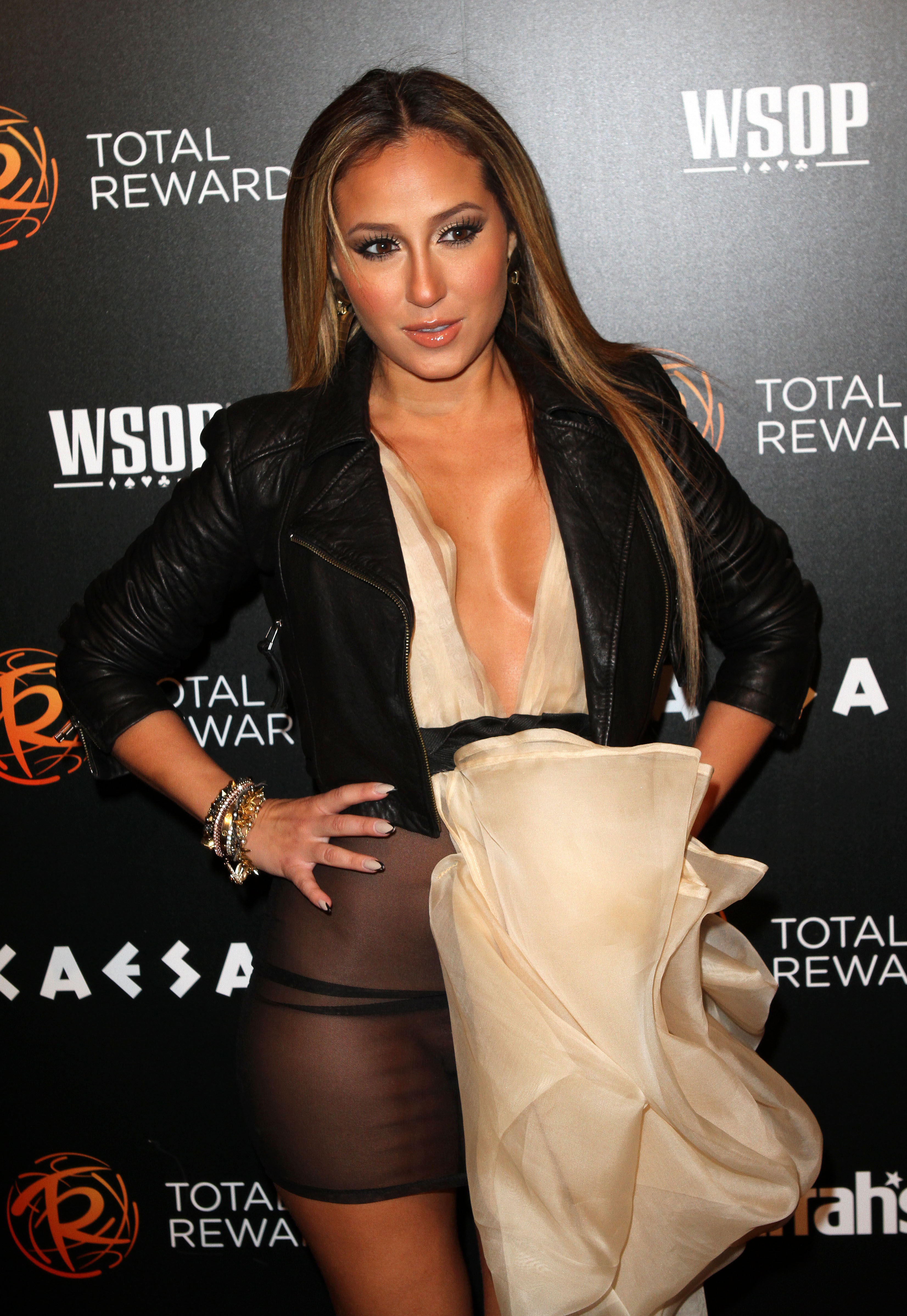 Warning contains nudity adrienne bailon has a wardrobe malfunction at the 39 escape to for Celebrity watches female 2017