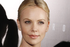 charlize-theron-prometheus-0420