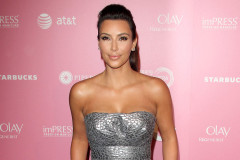 kim-kardashian-hot-hollywoodr-0419