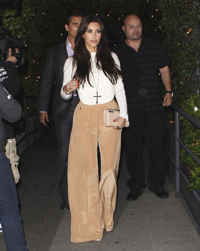 Kim Kardashian & Scott Disick Enjoy Dinner At STK