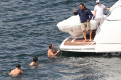 one-direction-sydney-swim-0410