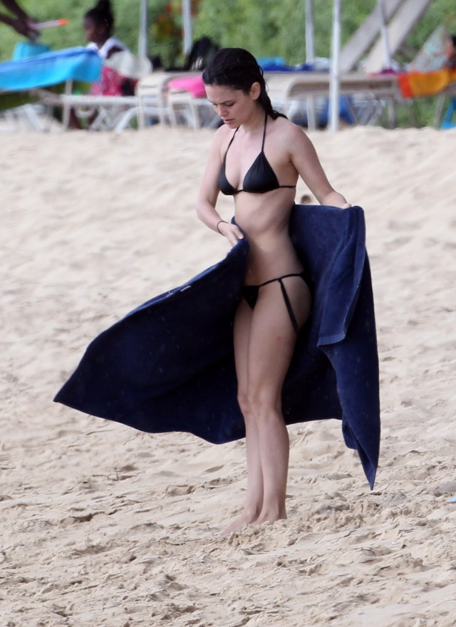 Rachel Bilson Spends Time On The Beach With Hayden Christensen