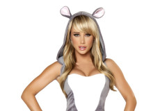 sara-underwood-costume-0430