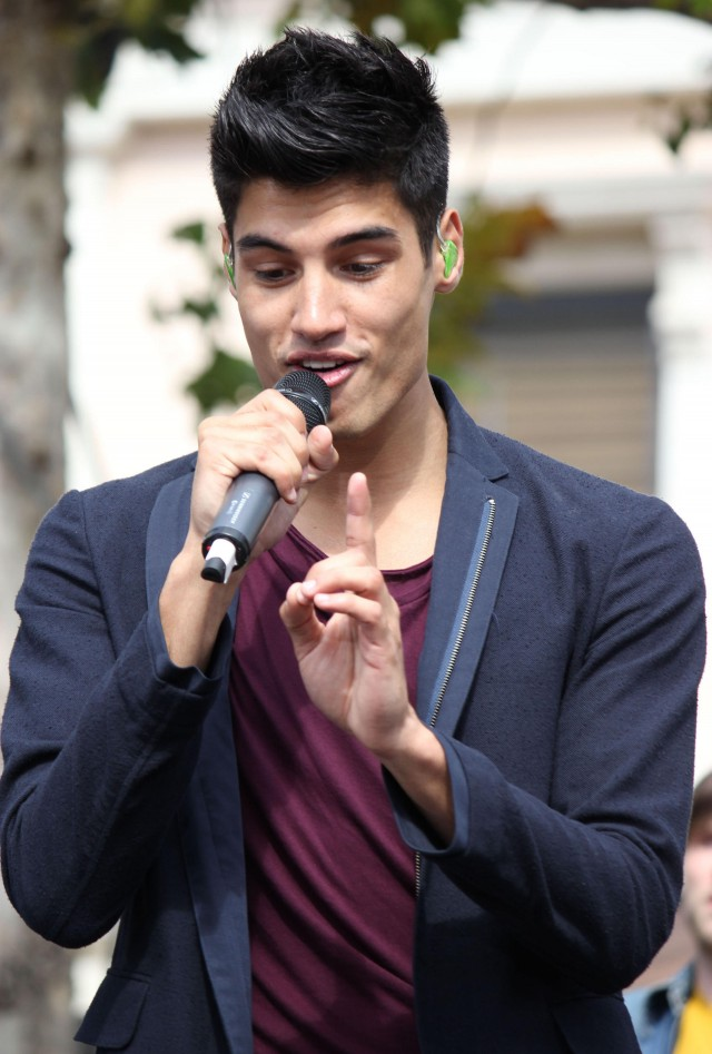 The Wanted Performing Live At The Grove