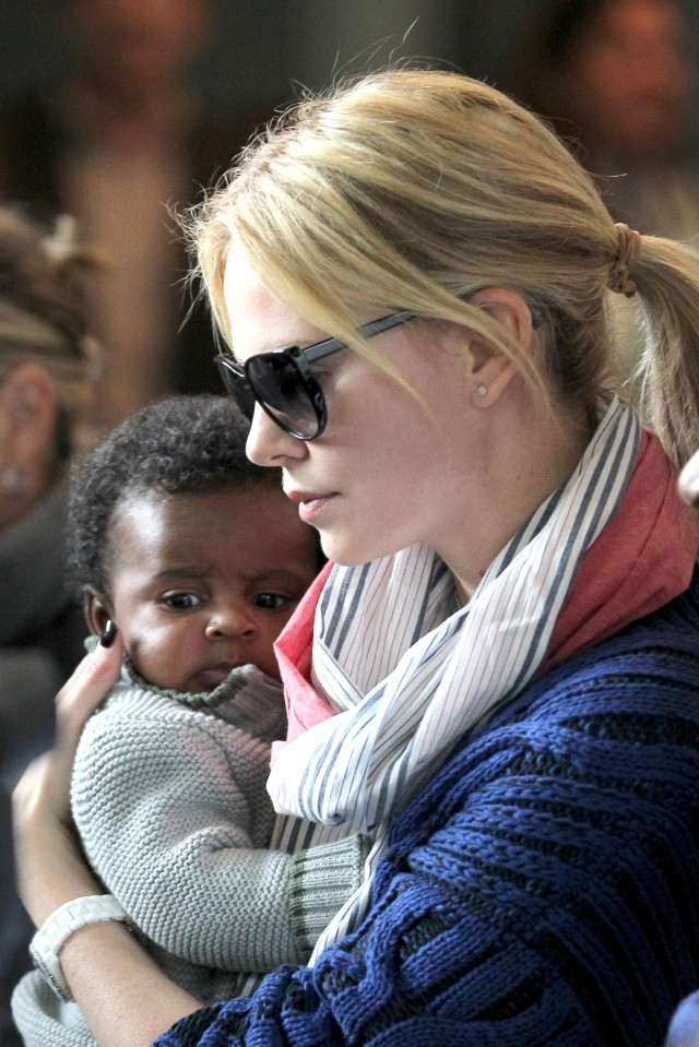 Charlize Theron And Baby Jackson Land In Paris   114815 ... Charlize Theron Son