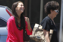 jennifer-love-hewitt-lunch-0514