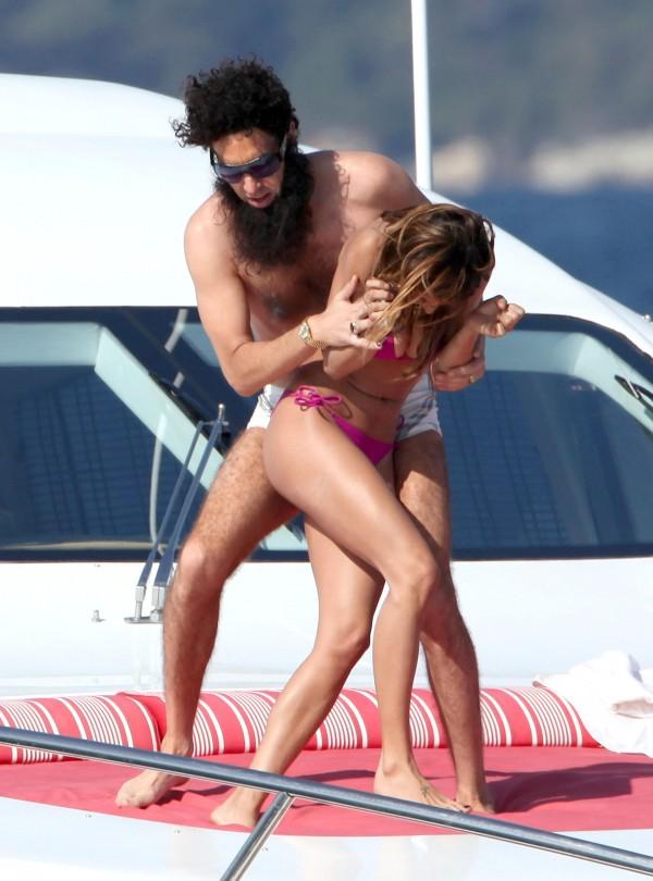 ELISABETTA CANALIS sullo yacht con Sasha Baron Cohen