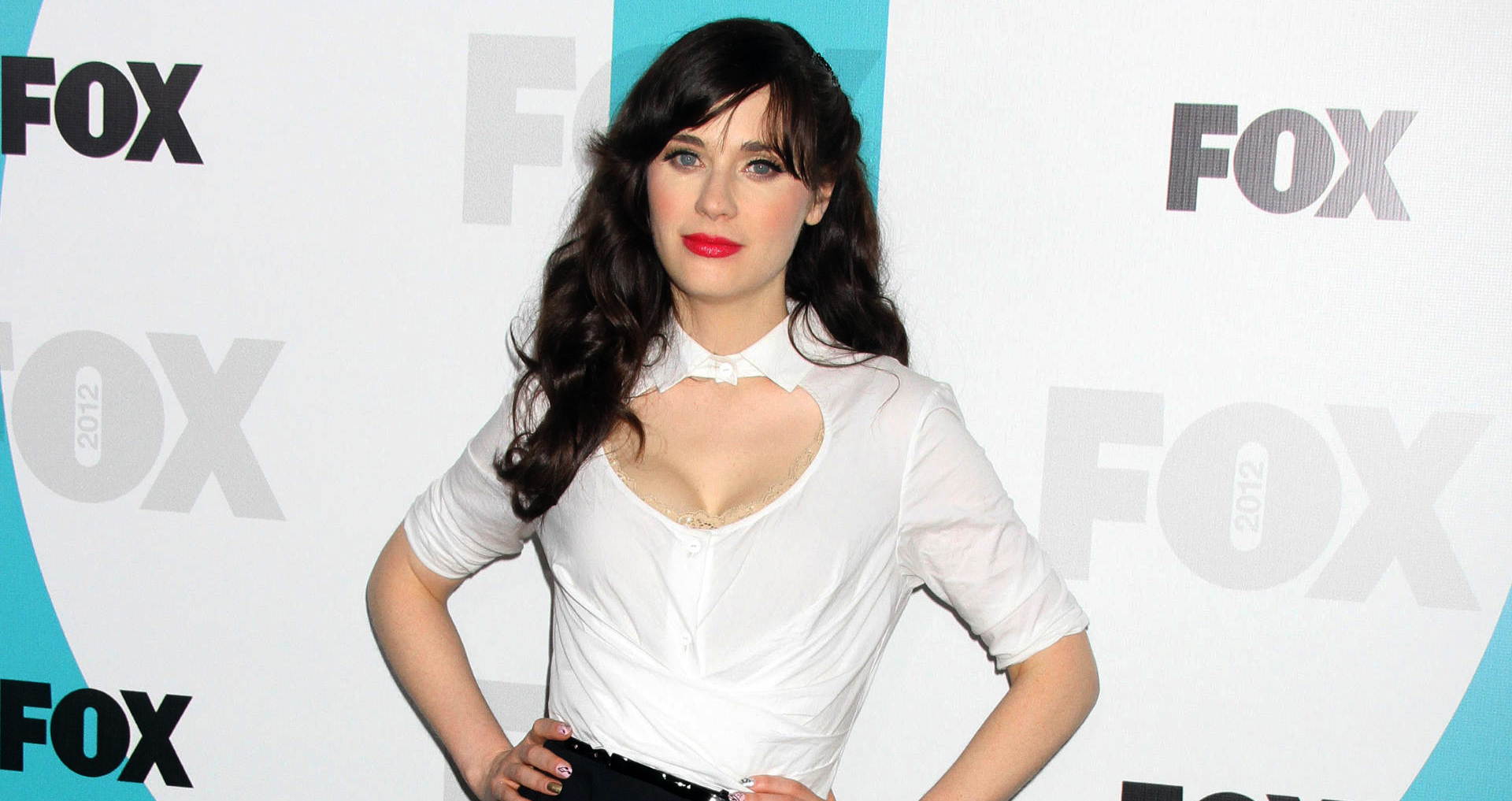 zooey-deschanel-fox-upfront-0515