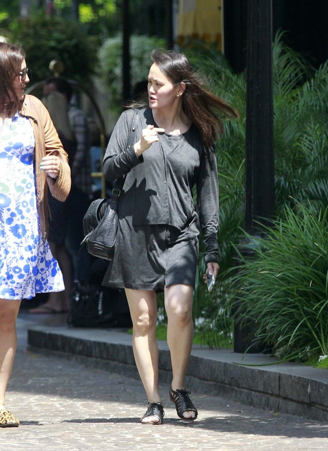 PHOTOS: Woody Allen, Soon-Yi And Daughters At The Beverly Wilshire ...