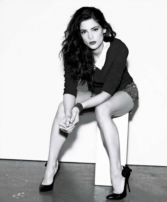 ashley-greene-nylon-05