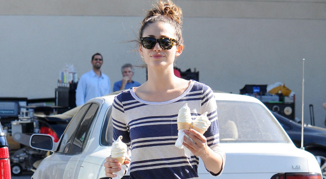 emmy-rossum-ice-cream-0726