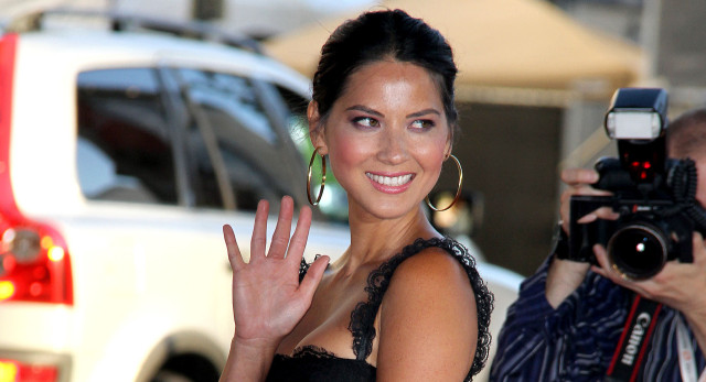 olivia-munn-magic-mike-premiere-0702