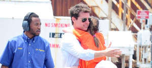 tom-cruise-suri-helicopter-0718