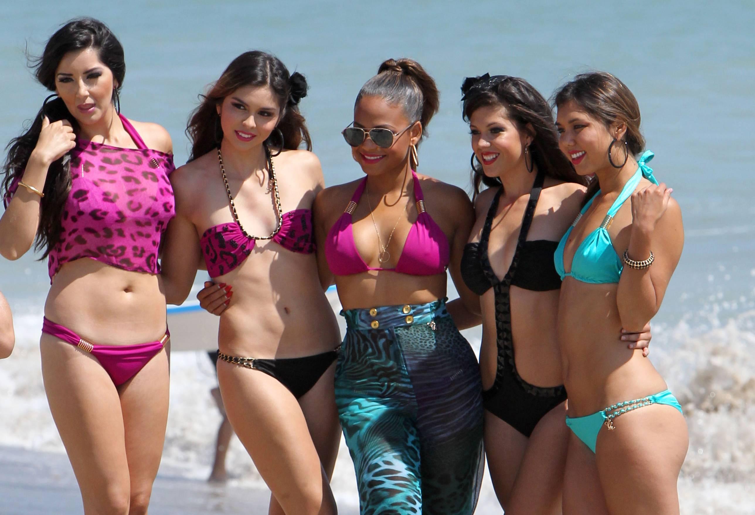 bikini-and-party