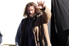 hugh-jackman-homeless-0803