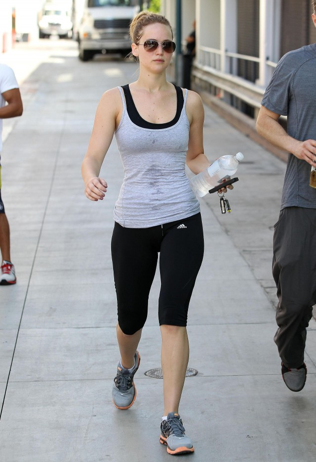 Sweaty Jennifer Lawrence Gets In A Good Workout | 122764 ...