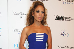 jennifer-lopez-pure-0820