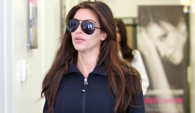 kim-kardashian-shop-0807