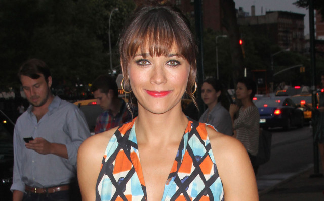rashida-jones-brentwood-0814