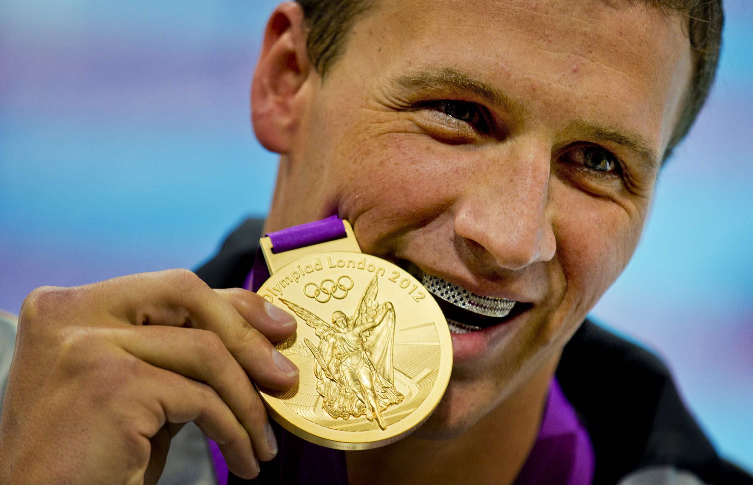 ryan-lochte-gold-0803