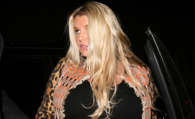 jessica-simpson-side-eye-0905