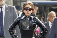 lady-gaga-leather-0928