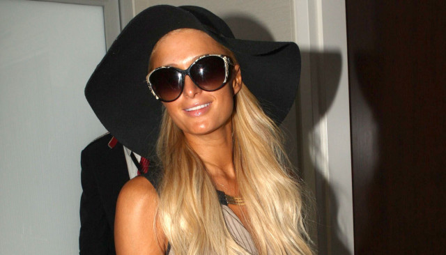paris-hilton-lax-0920