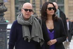bruce-willis-paris-1016
